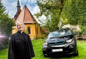 Pfarrerin und Ihr BMW i3